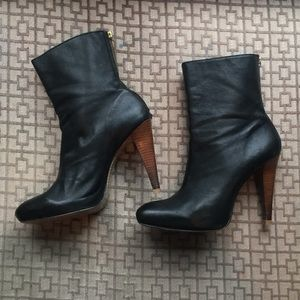 Calvin Klein leather boots 7.5/8